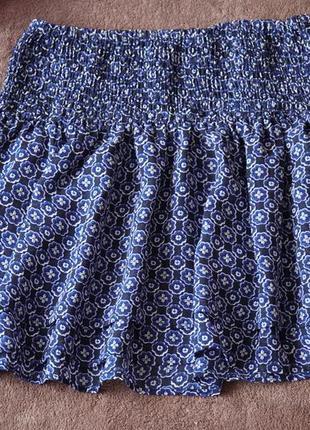 Легкая двухслойная юбка с принтом