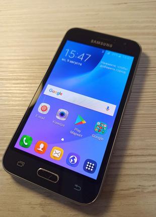 Смартфон Samsung J120h Black