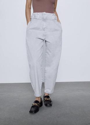 Светлые момы zara слоучи джинсы с высокой талией мам джинсы св...