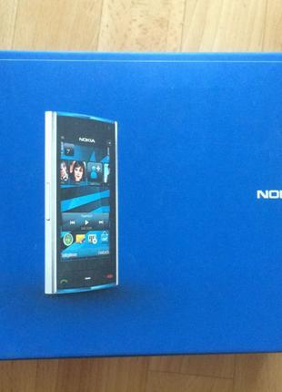 Автомобильная зарядка и держалка для Nokia X6