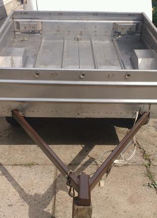 Продам прицеп для легкового автомобиля с нержавеющей стали