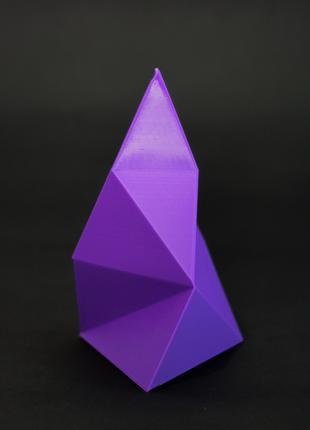 Низкополигональный декоративный конус