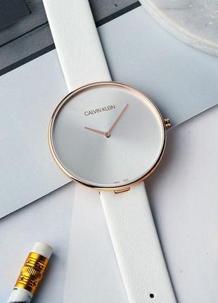 - 55% | женские швейцарские часы calvin klein full moon  k8y23...