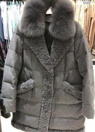 Крутое пуховое пальто натуральный мех