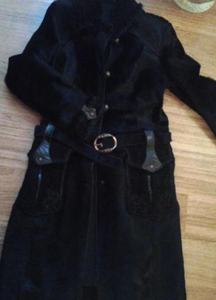 Пальто из меха пони р. 38
