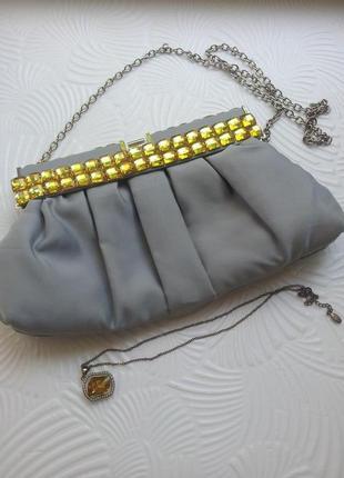 Женская сумка-клатч на цепочке unse