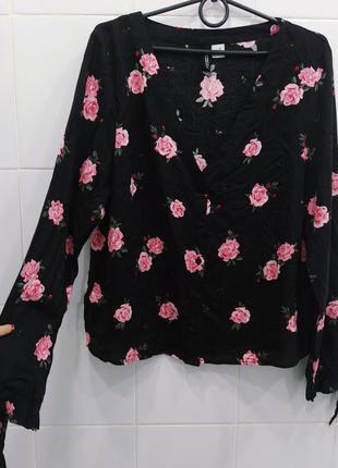 Натуральная вискозная блуза в розочки