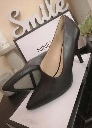 Стильные туфли лодочки nine west