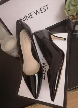 Стильные туфли лаковые лодочки nine west