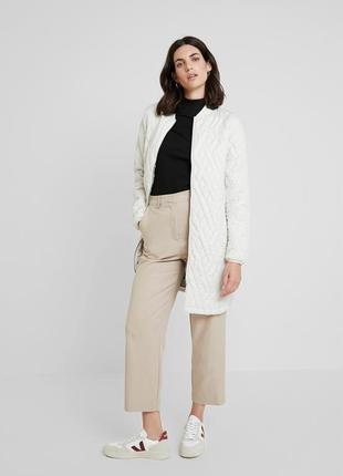 Красивая стеганая деми /осенняя куртка,пальто  большого размера