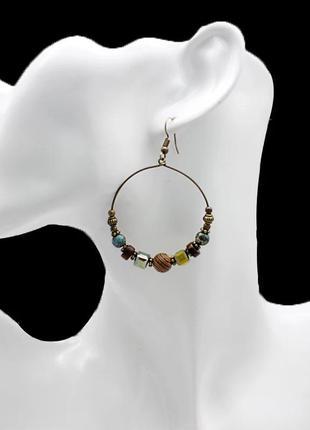 Классные серьги кольца с бусинами в стиле бохо,