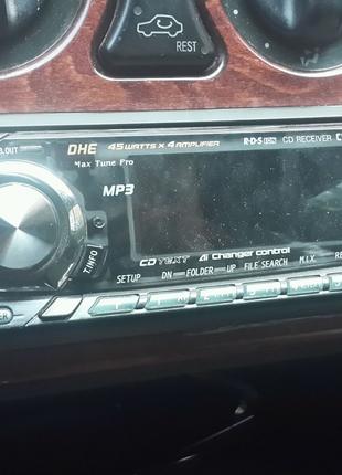 Автомагнитол Альпаи
