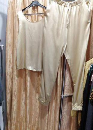 Брючный костюм майка и брюки атлас