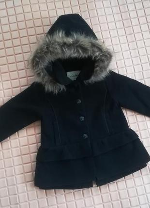 Симпатичное черное пальто с оборками, под кашемир, на 2 года