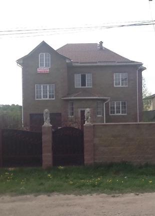 Продаю Бровары новый дом 320 м2 введён в эксплуатацию