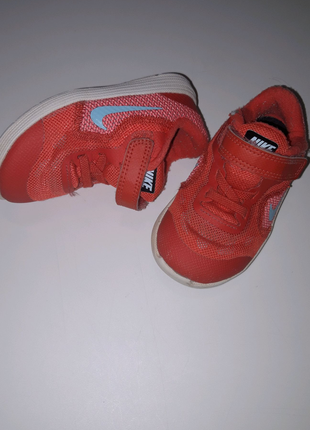 Детские кроссовки Nike Revolution 3