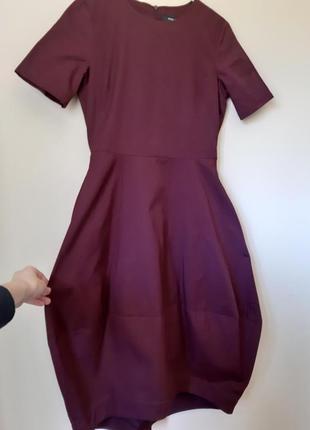 Платье цвета марсала в стиле cos