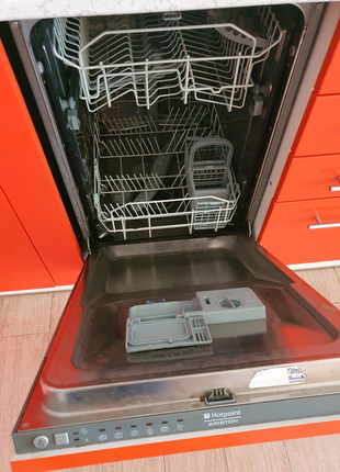 Продам посудомойку для встроенной кухни