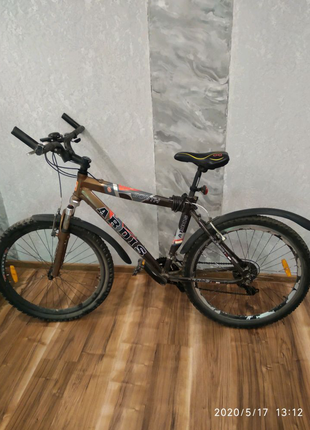 Продам велосипед алюміньова рама.