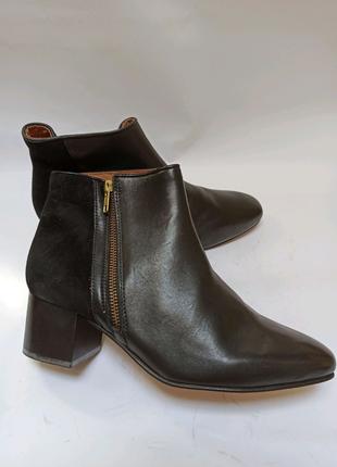Полусапоги чёрные. брендовая обувь stock