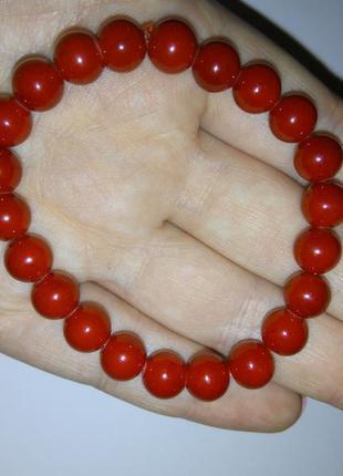 Красный браслет (подарок)