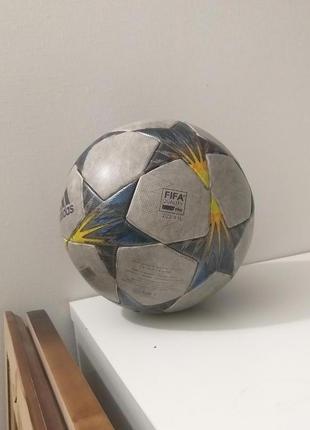 Оригинальный мяч Champions League Б/у