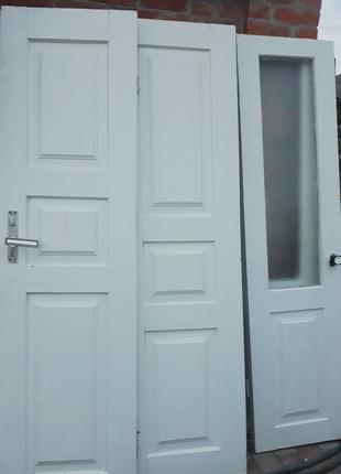 Продам межкомнатные двери из дерева