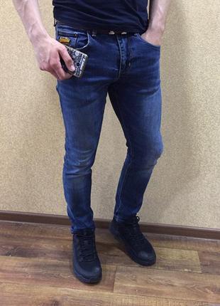 Джинсы superdry. 32 размер мужские синие джинсы. классические ...