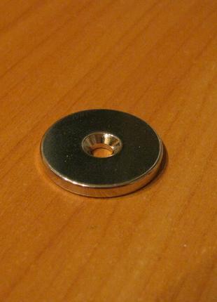Магнит шайба с отверстием D25-d7,5/4,5хh3 мм