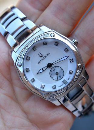 Скидка! швейцарские женские часы с бриллиантами bulova accutron