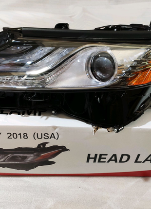 Фара передние LED на Toyota Camry 2018