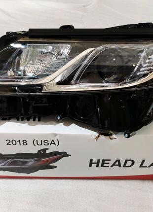 Фара передние Галогенные на Toyota Camry 2018