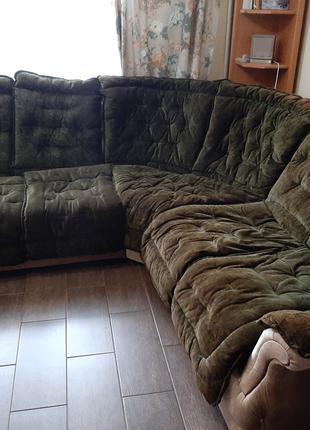 Угловой диван, раскладной.