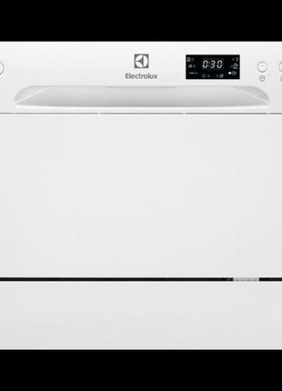 Посудомоечная машина отдельностоящая Electrolux ESF2400OW Мойка