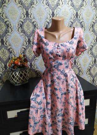 Красивое платье,вискоза,продажа  до 15.08.
