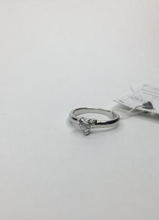 Серебряное кольцо с камнем в форме сердца 925 проба