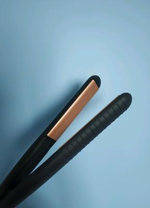 Вирівнювач для волосся (утюжок)