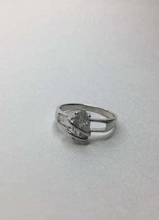 Серебряное шикарное плетёное кольцо с камнем 925 проба
