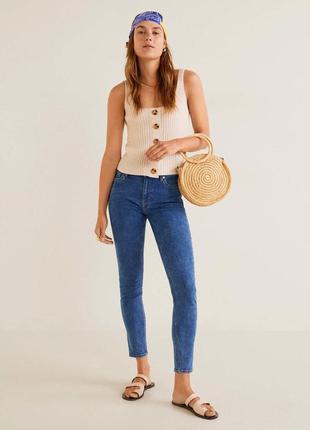 Базовые джинсы скинни, skinny, приталенные джинсы mango