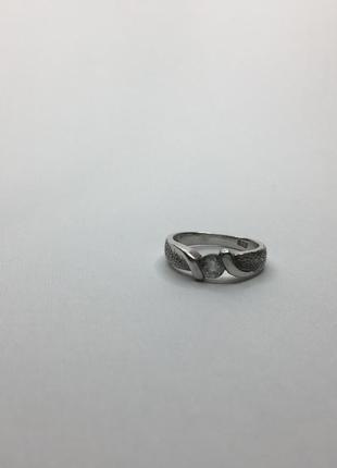 Серебряное оксидированное кольцо с камнем 925 проба
