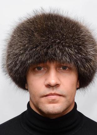 Зимняя мужская меховая шапка ушанка из енота с черной замшей