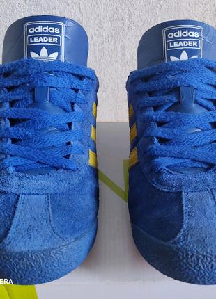 Продам мужские кроссовки Adidas
