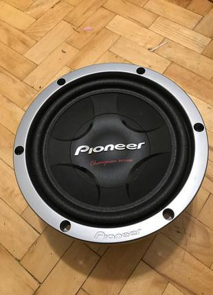 """Сабвуфер """"Pioneer"""""""