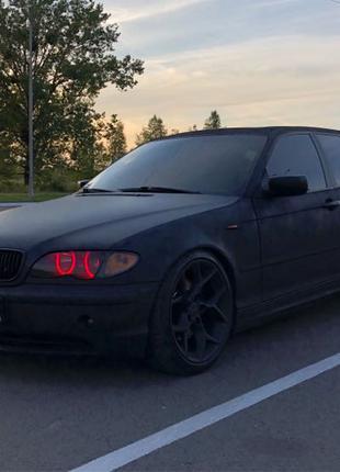 BMW 320d 180hp Total Black Edition