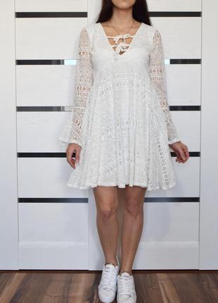 Платье (новое, с биркой) boohoo