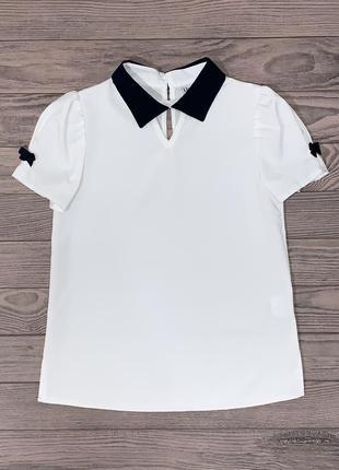 Белая блуза для девочки 6-8 лет.