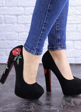 туфли с вышивкой Milla 36-39
