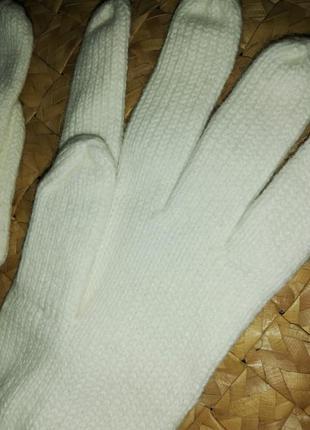 Перчатки акрил молочные