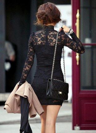 Платье вечернее с гипюром черное