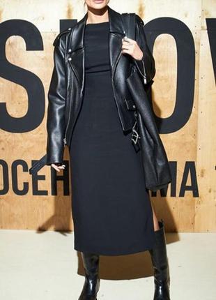 Платье с разрезом трикотаж длинное черное